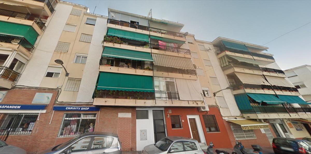 Middle Floor Apartment, San Pedro de Alcantara, Costa del Sol. 3 Bedrooms, 1 Bathroom, Built 73 m². ,Spain