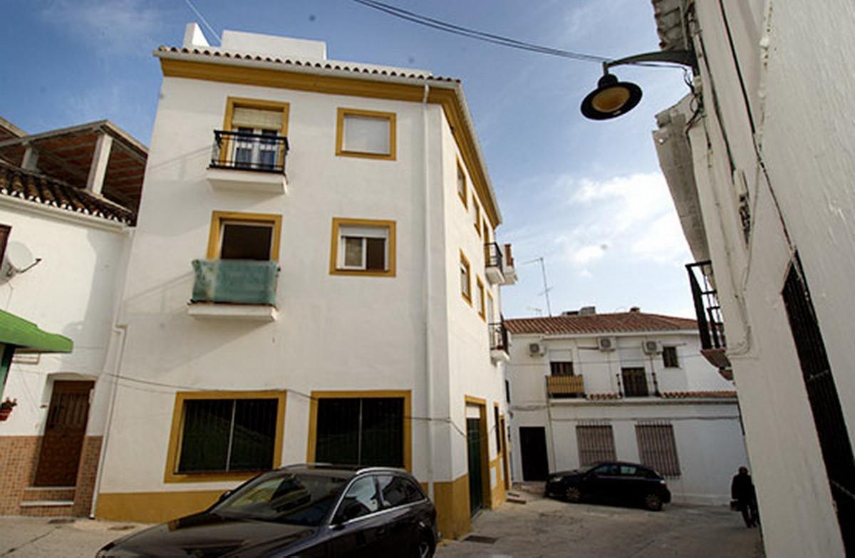 Apartamento Planta Media 2 Dormitorio(s) en Venta Monda