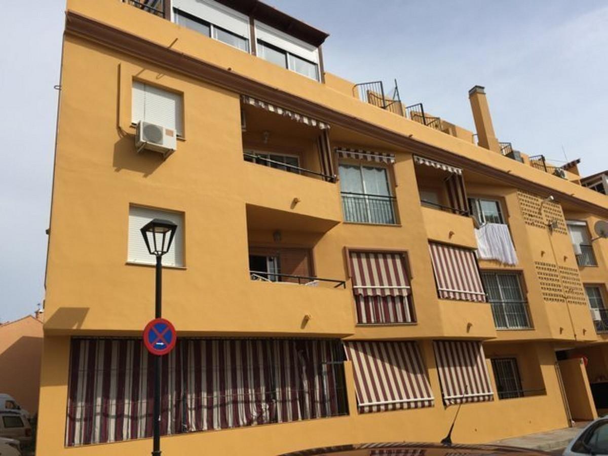 Middle Floor Apartment, Las Lagunas, Costa del Sol. 2 Bedrooms, 1 Bathroom, Built 62 m².  Setting : ,Spain