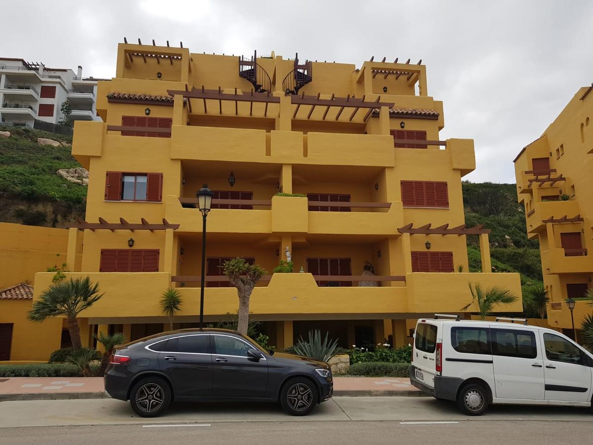Middle Floor Apartment, Manilva, Costa del Sol. 3 Bedrooms, 2 Bathrooms, Built 120 m², Terrace 15 m²,Spain