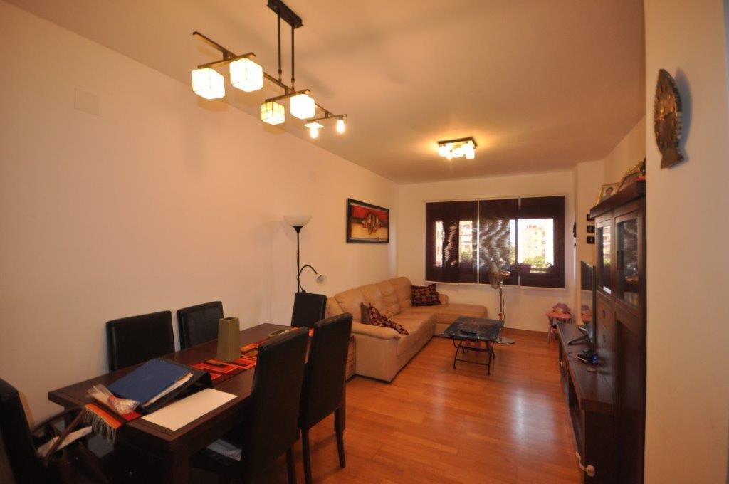 R3233545: Apartment in El Pinillo