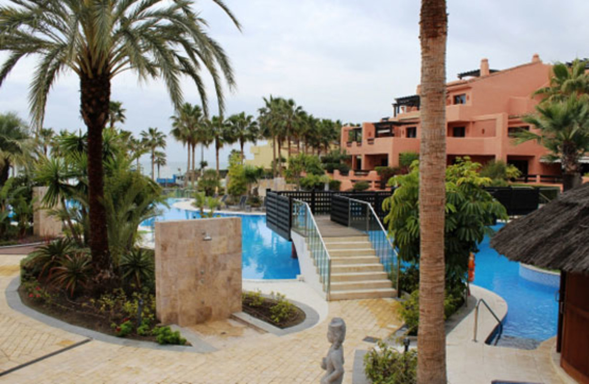 Ground Floor Apartment, Estepona, Costa del Sol. 2 Bedrooms, 2 Bathrooms, Built 161 m², Terrace 20 m,Spain