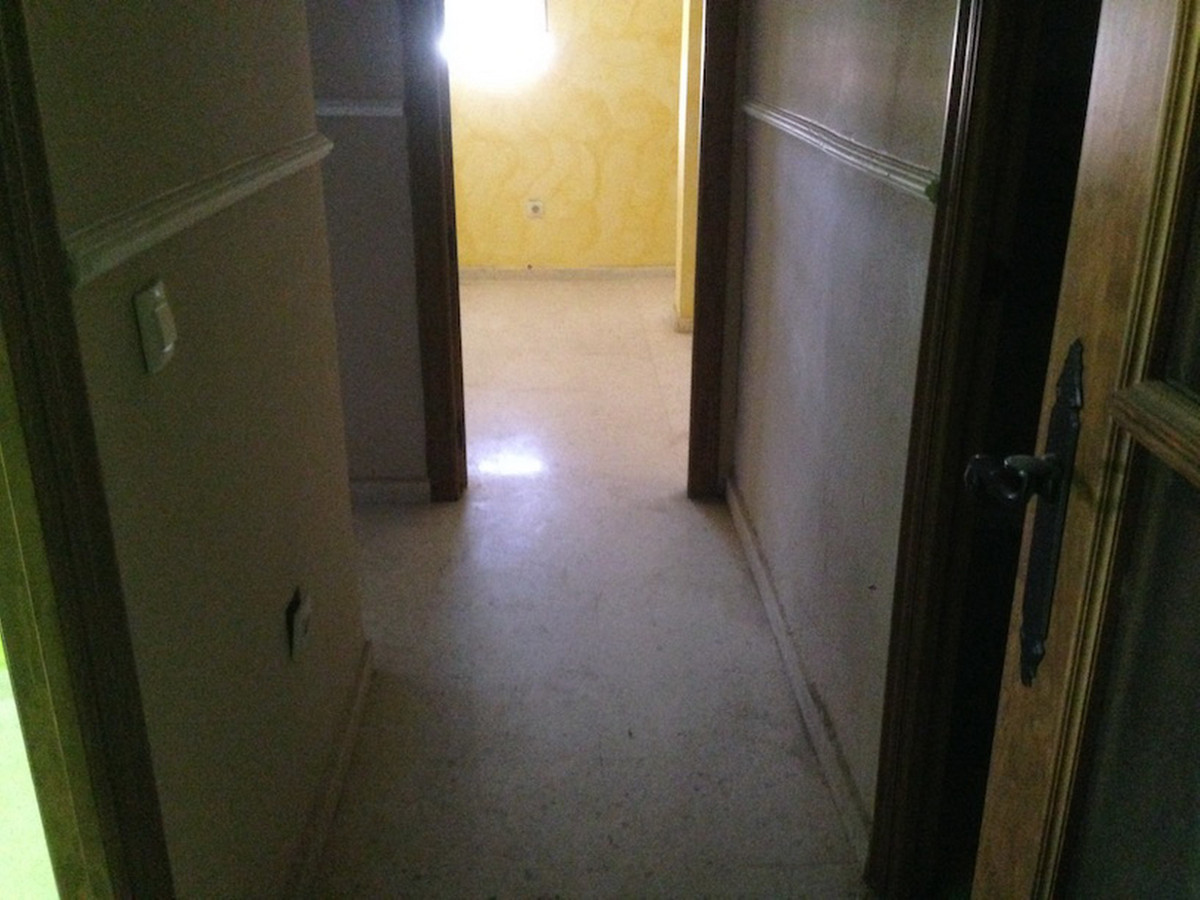 3 Bedroom Middle Floor Apartment For Sale San Roque