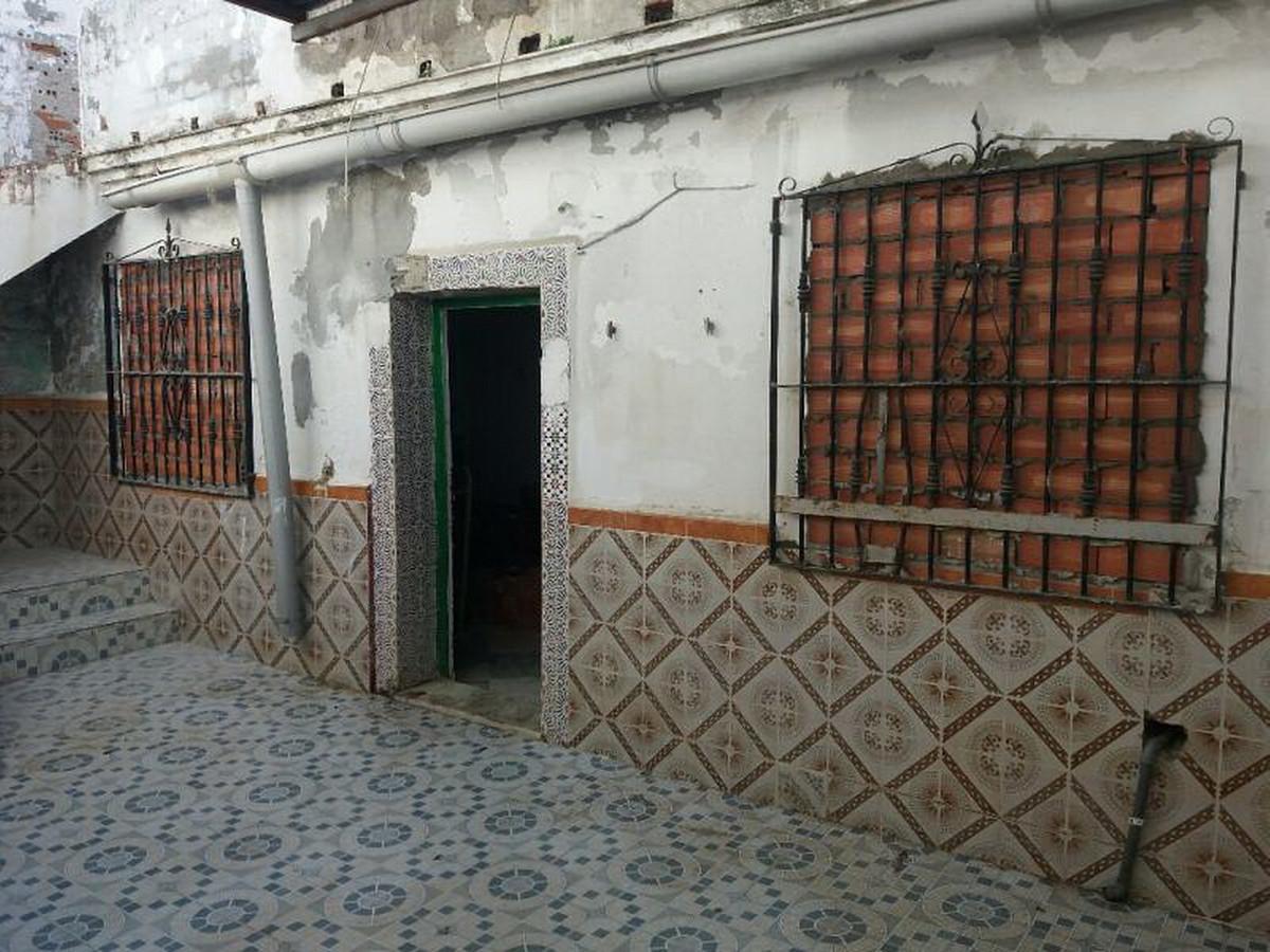 Townhouse for Sale in Vélez-Málaga, Costa del Sol East