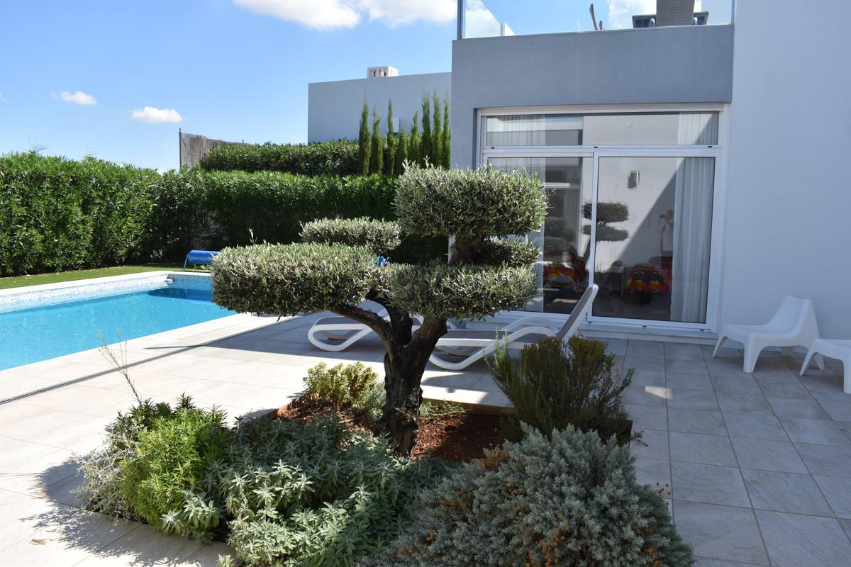 House in Alhaurín el Grande R3912604 3