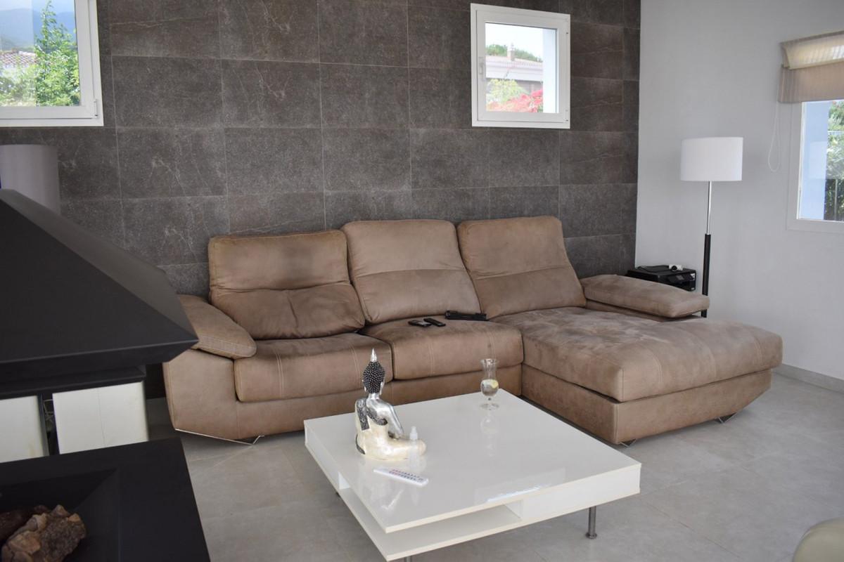 House in Alhaurín el Grande R3912604 34