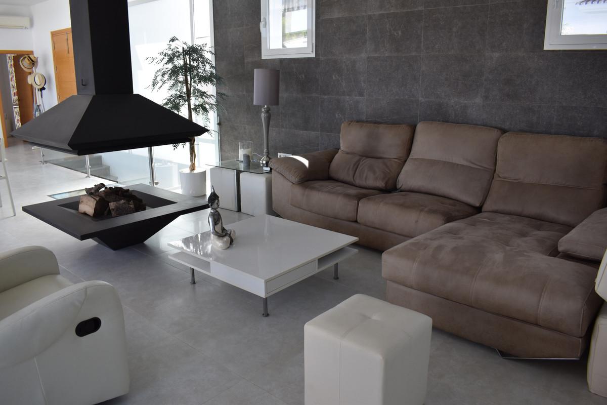 House in Alhaurín el Grande R3912604 53