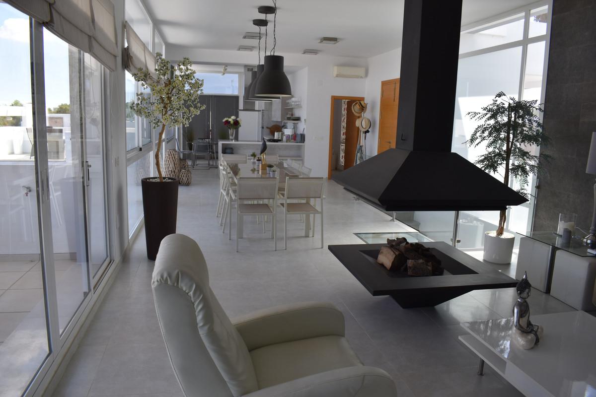 House in Alhaurín el Grande R3912604 55