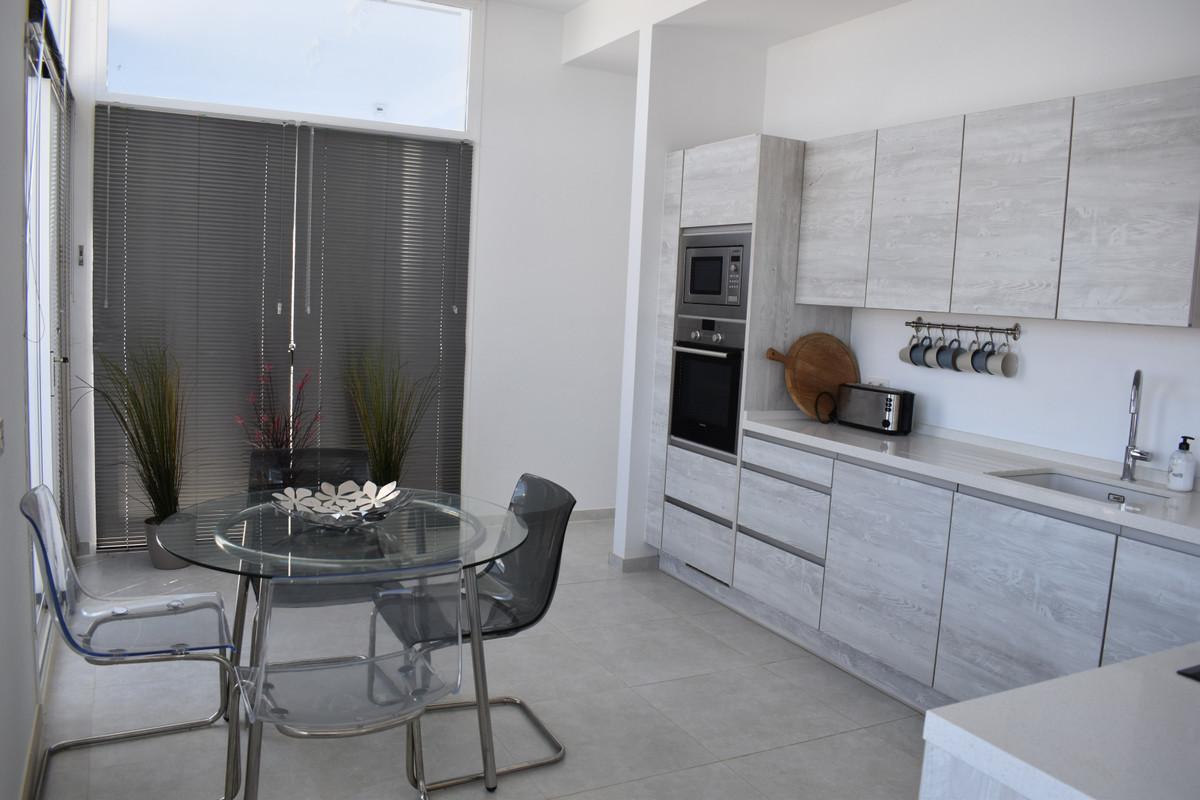 House in Alhaurín el Grande R3912604 57