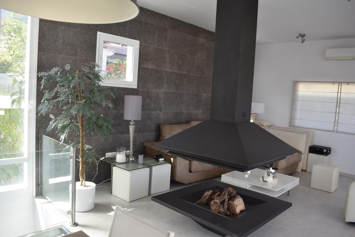House in Alhaurín el Grande R3912604 59