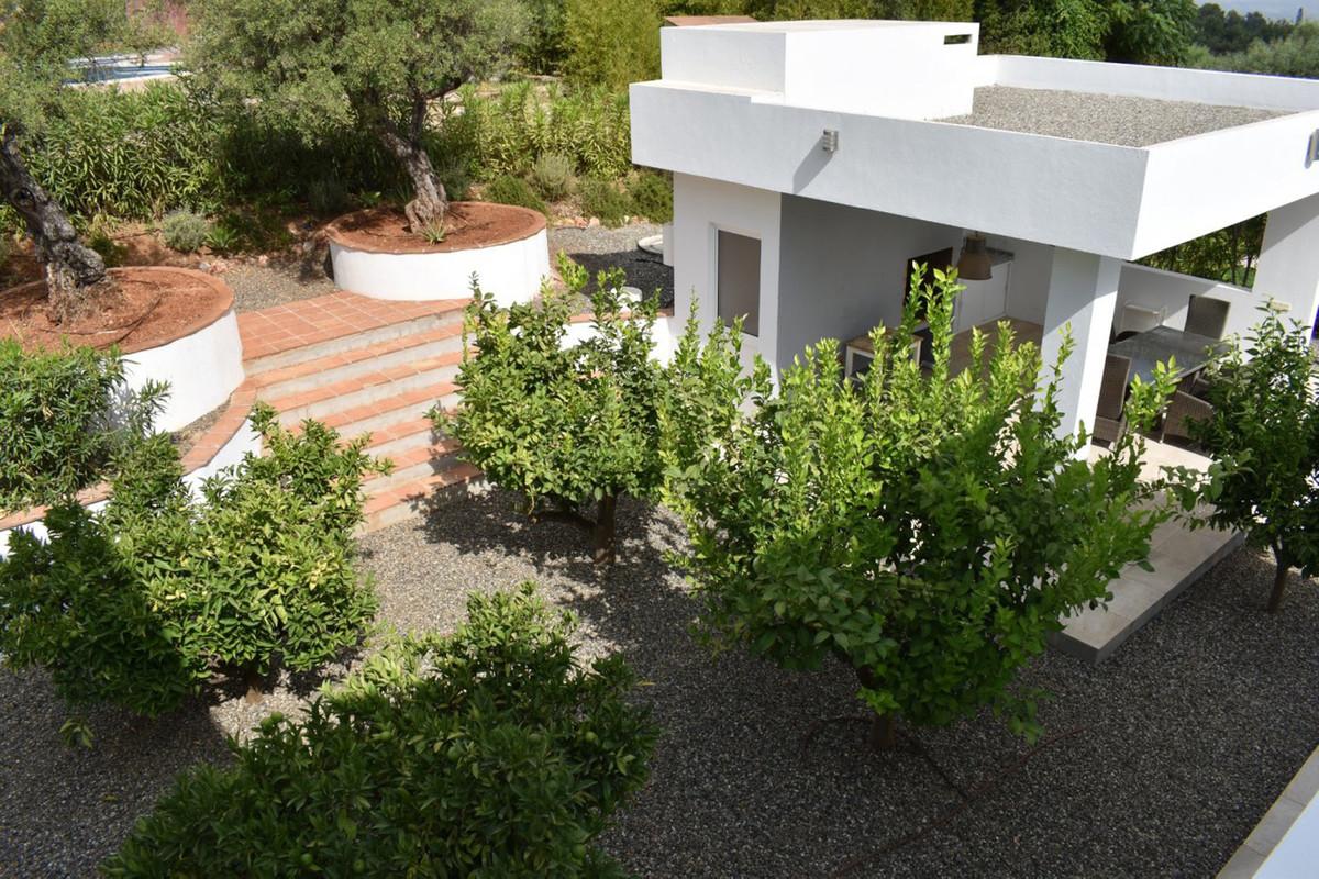 House in Alhaurín el Grande R3912604 6