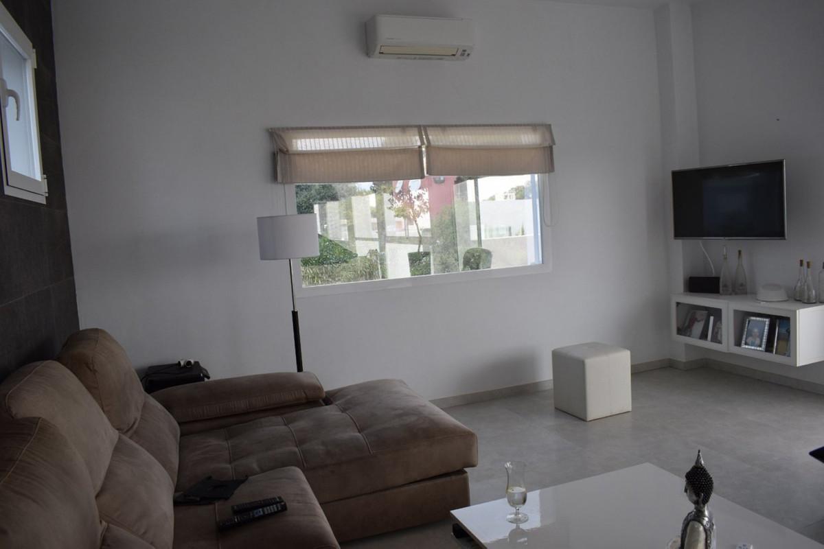 House in Alhaurín el Grande R3912604 73