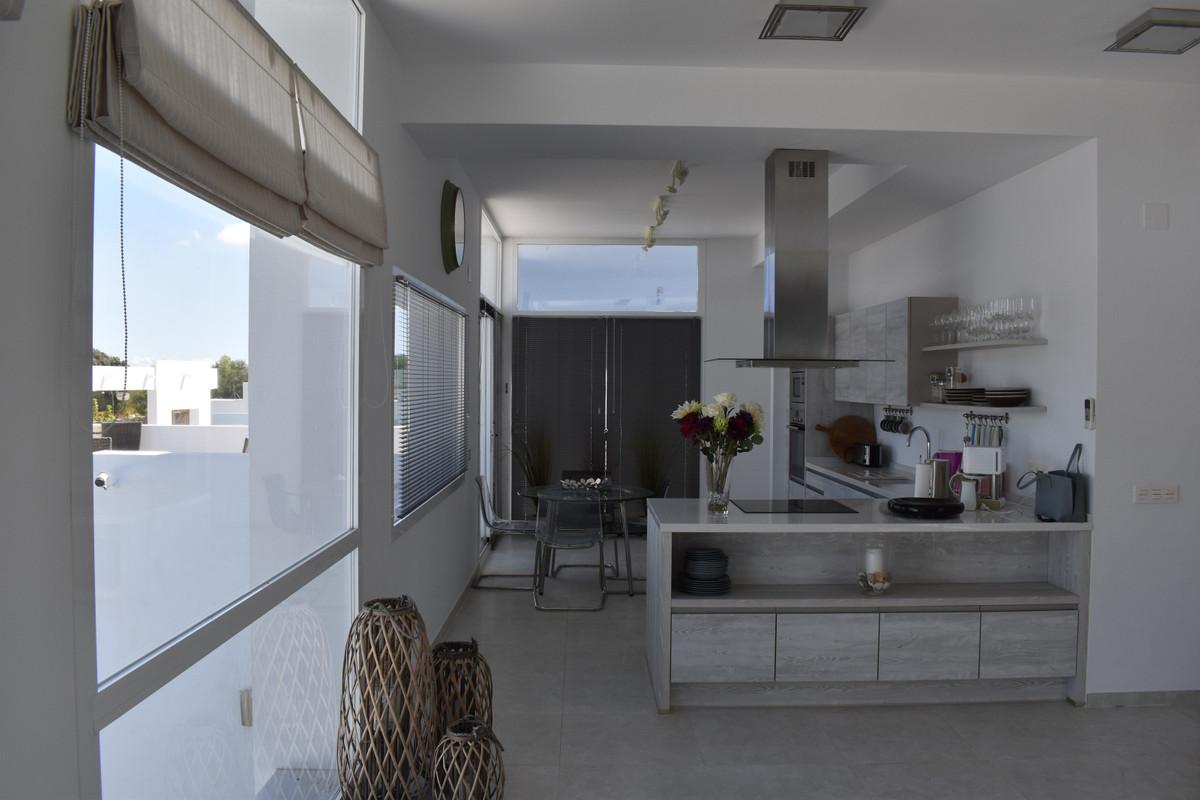 House in Alhaurín el Grande R3912604 77