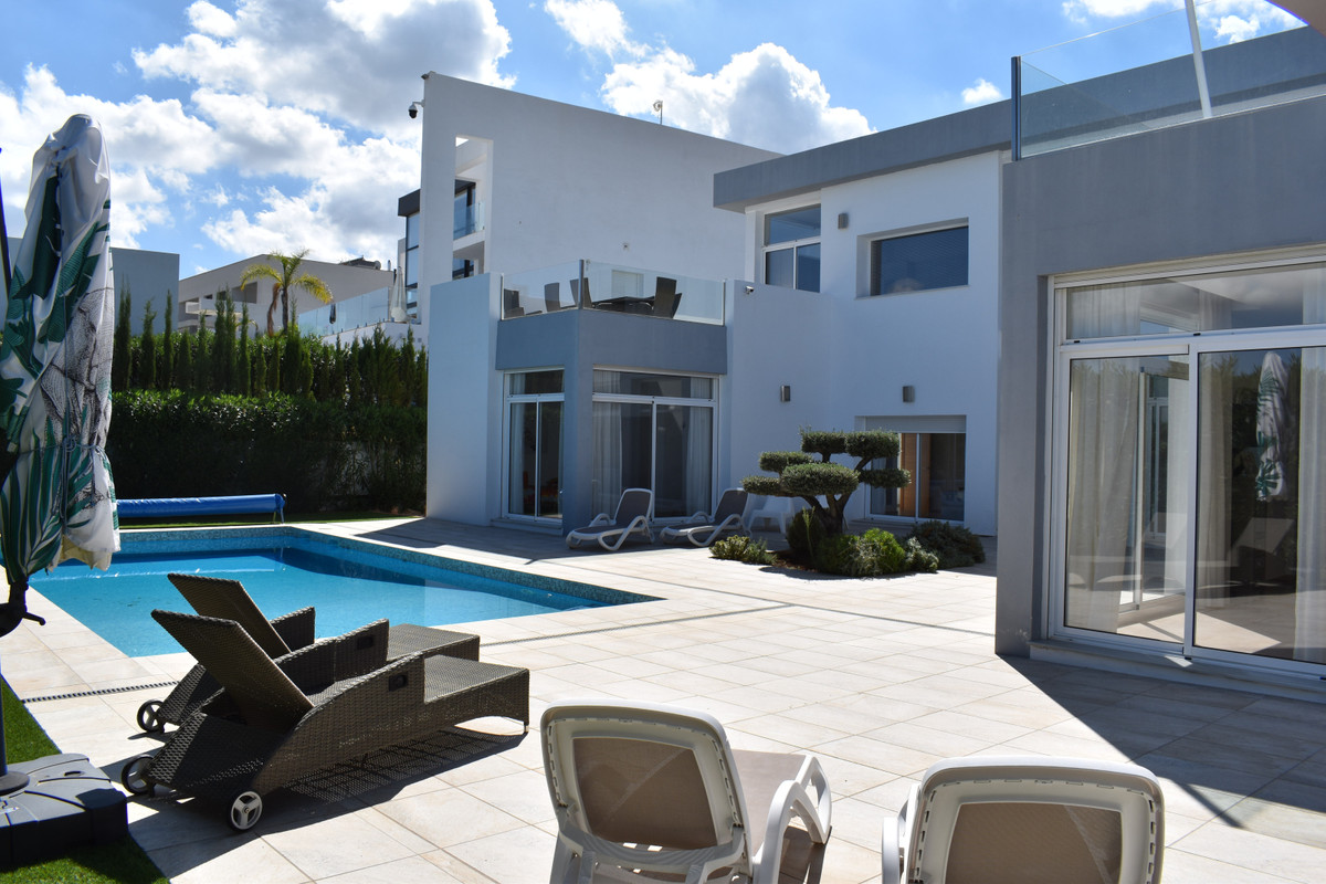 House in Alhaurín el Grande R3912604 8
