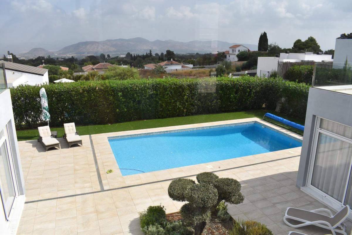 House in Alhaurín el Grande R3912604 9