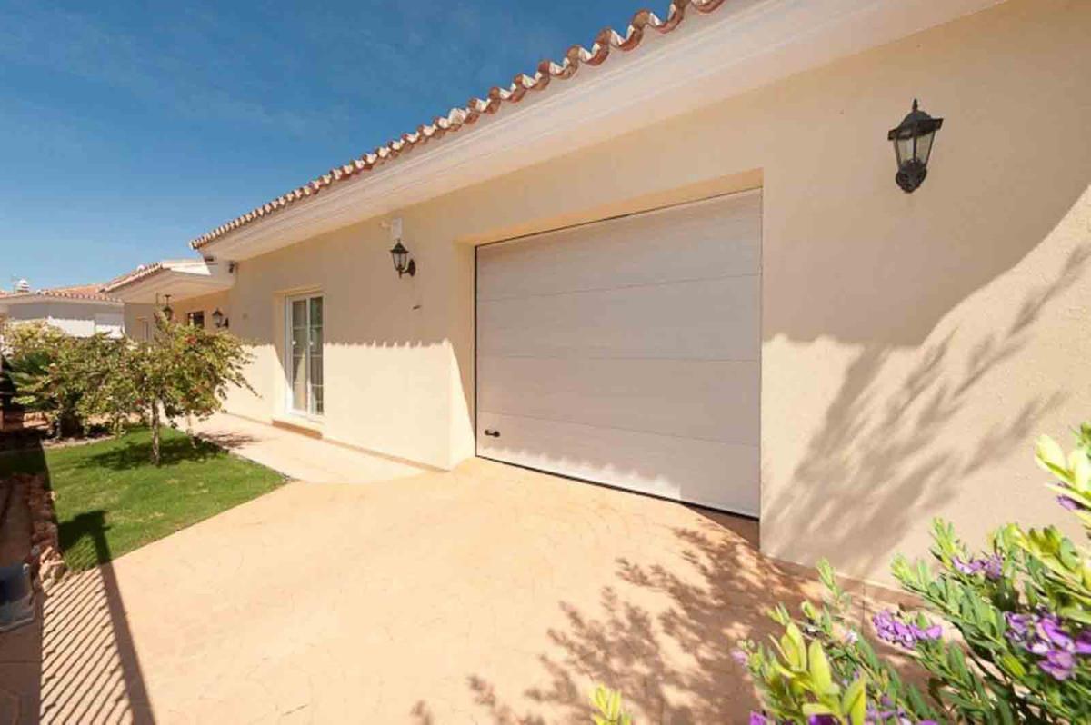 House in Alhaurín el Grande R3793213 2