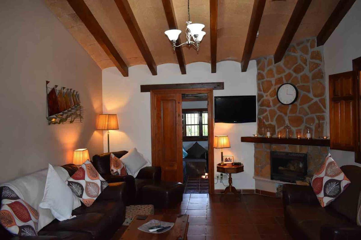 2 Dormitorio Chalet en Venta, Alhaurín el Grande