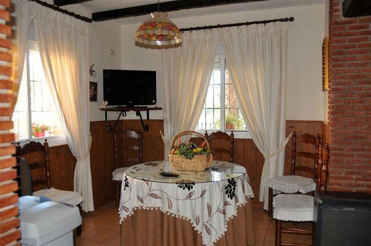 House in Alhaurín el Grande R3895276 13