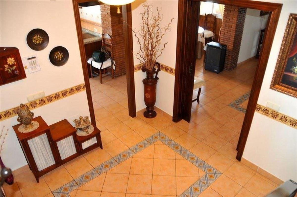 House in Alhaurín el Grande R3895276 8