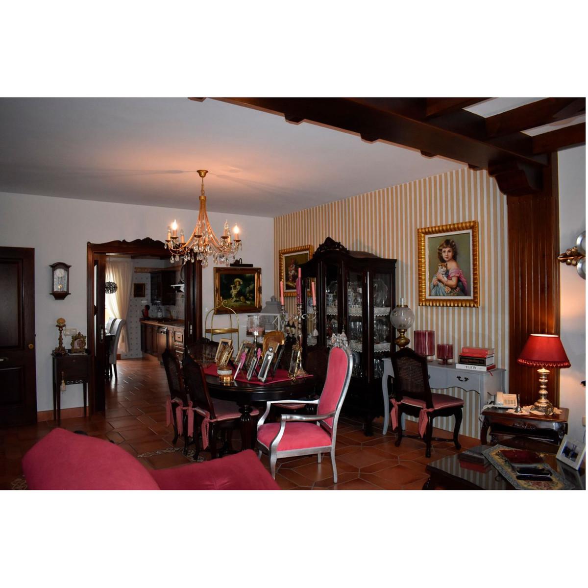 House in Alhaurín el Grande R3848437 1