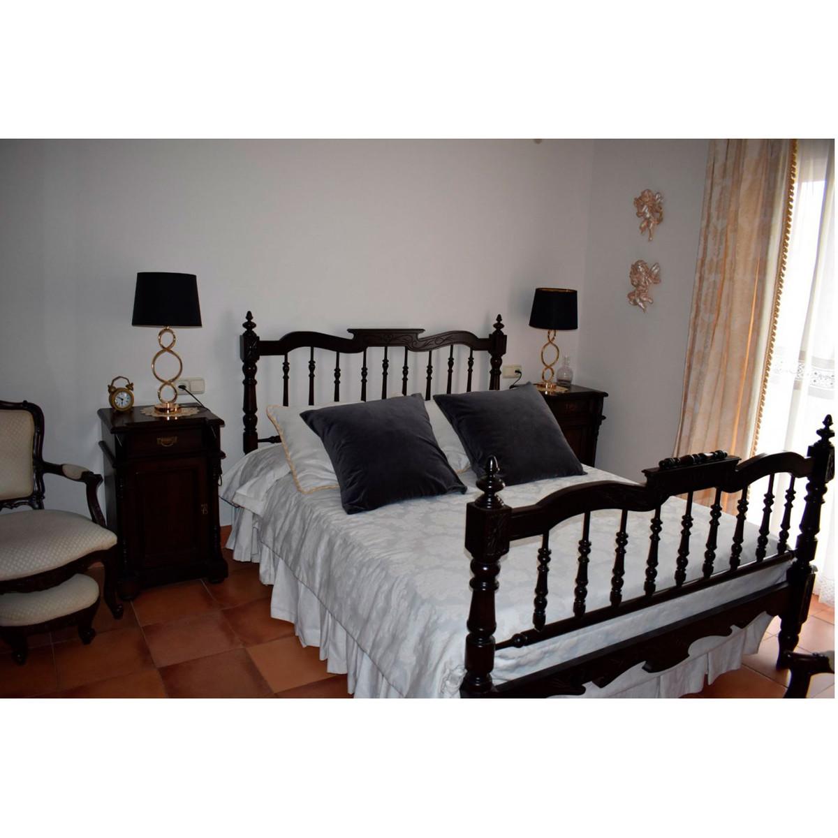 House in Alhaurín el Grande R3848437 30