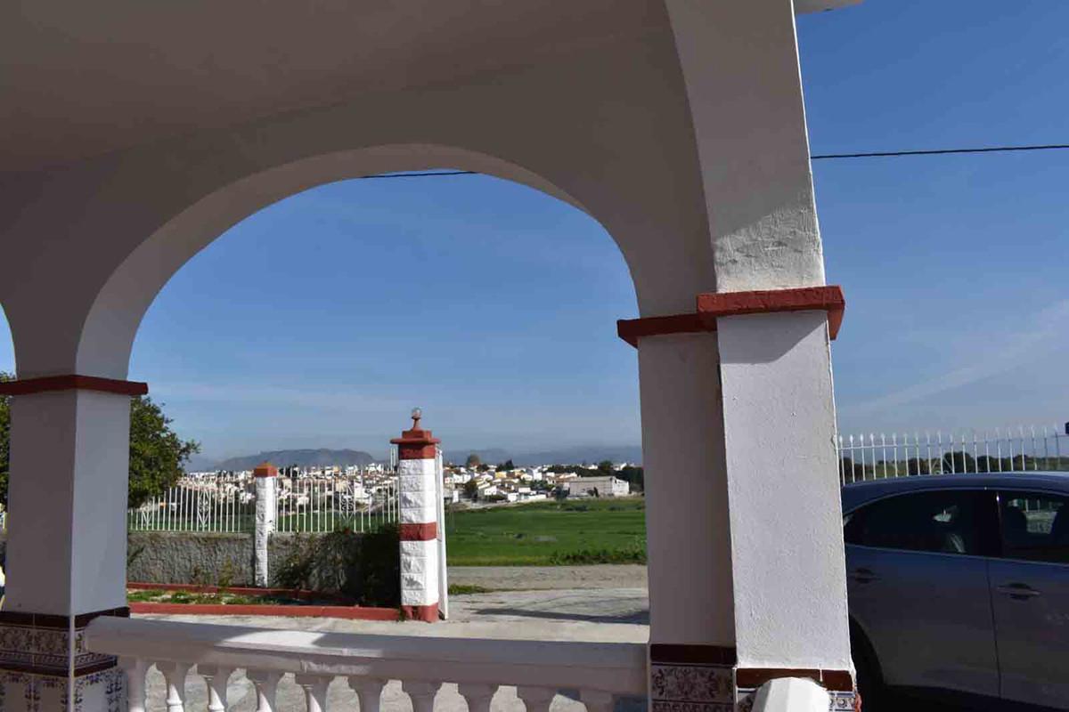 House in Alhaurín el Grande R3799567 8