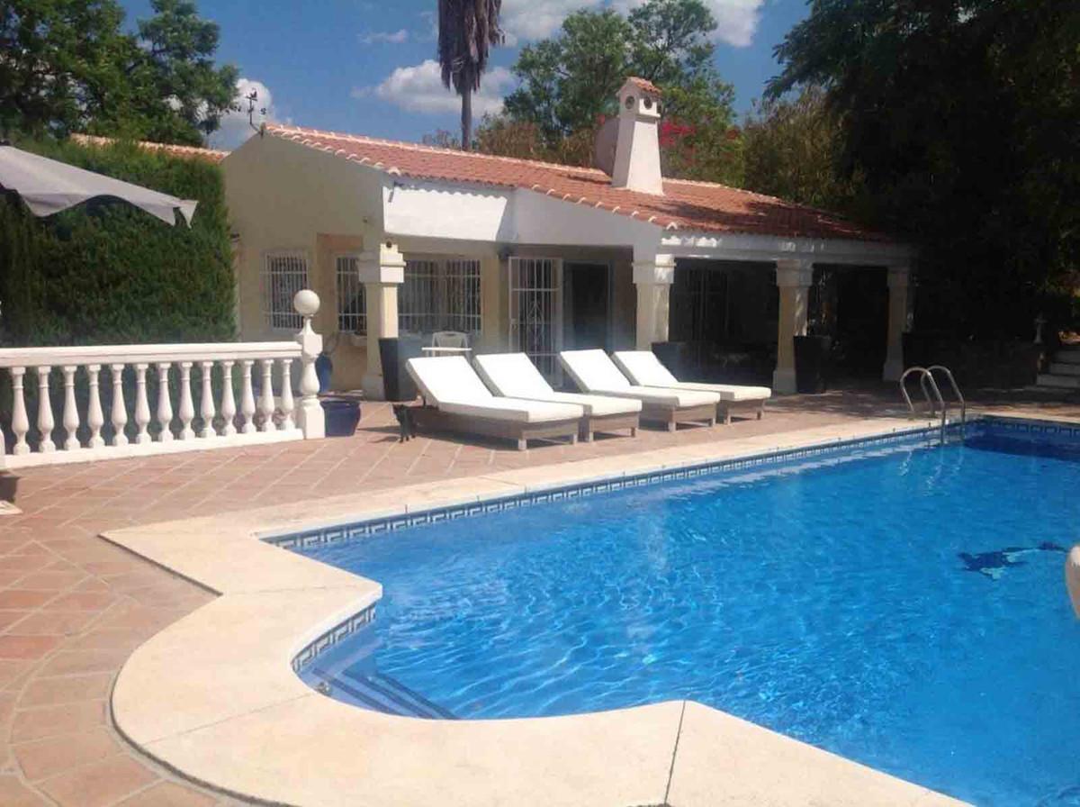 House in Alhaurín el Grande R3793273 1