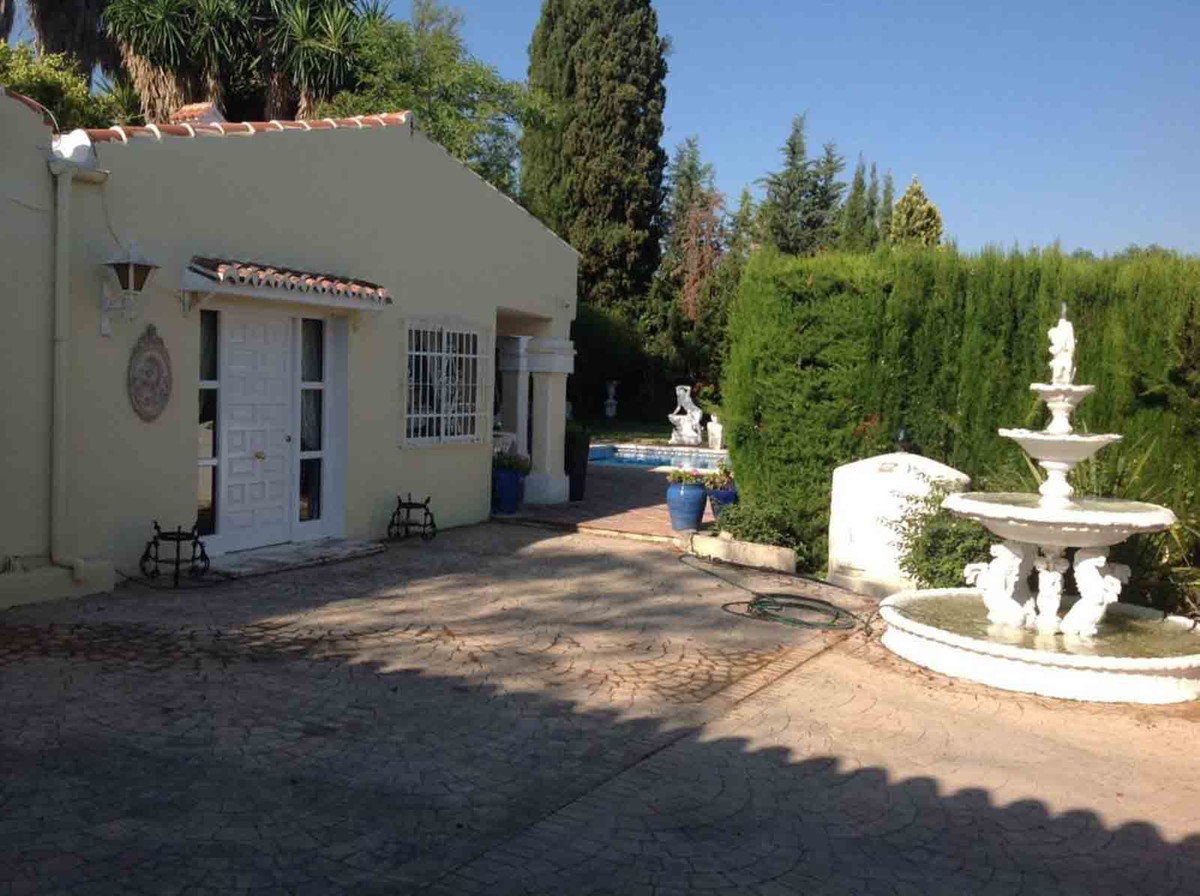 House in Alhaurín el Grande R3793273 12