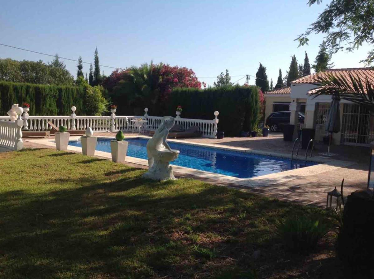 House in Alhaurín el Grande R3793273 14