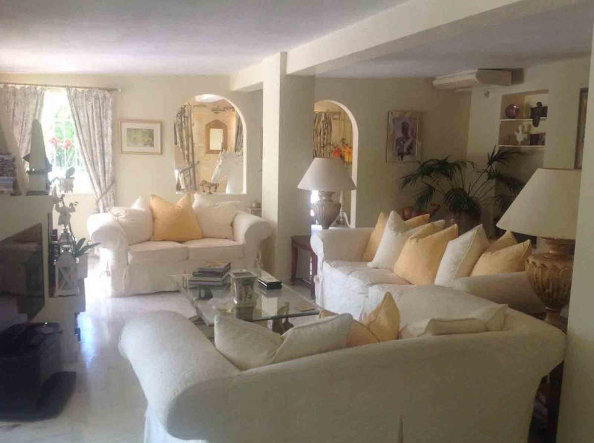House in Alhaurín el Grande R3793273 7