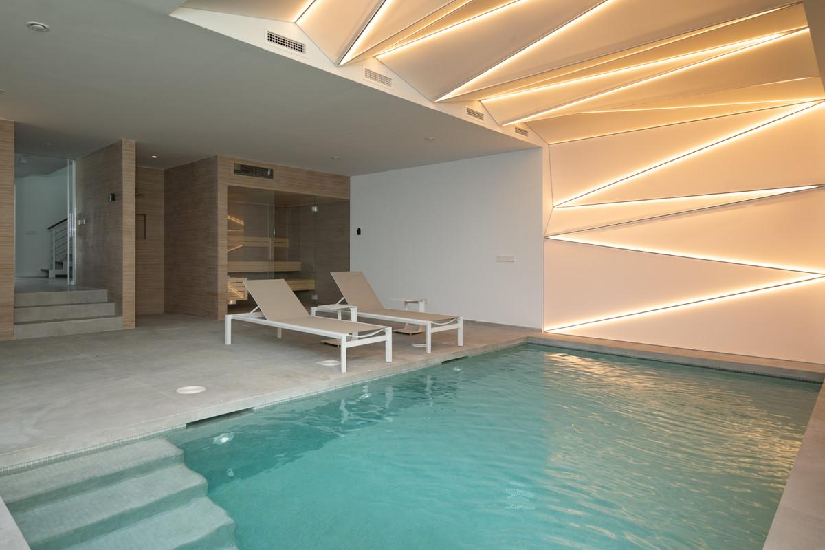 5 Dormitorio Independiente Villa En Venta New Golden Mile