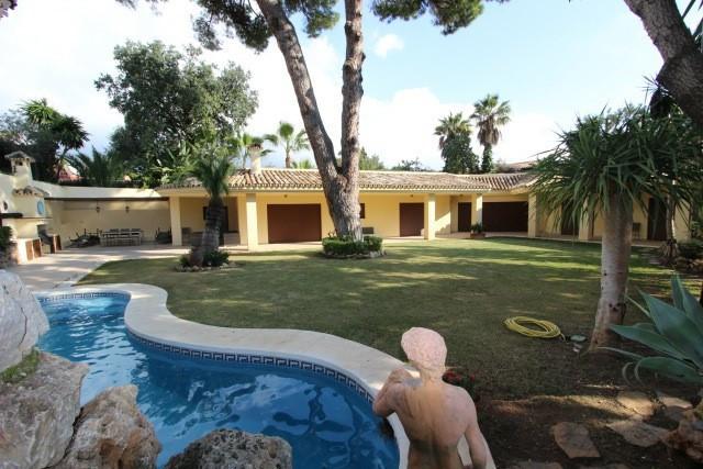 4 Bedroom Villa For Sale - Nagueles