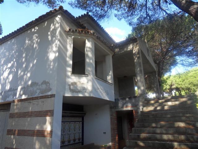 Villa 5 Dormitorios en Venta Hacienda Las Chapas