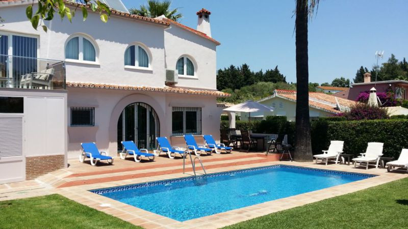 4 Dormitorio Villa en Venta - Nueva-Andalucia
