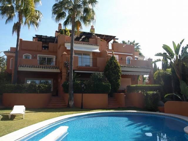 Unifamiliar 2 Dormitorios en Venta Bahía de Marbella