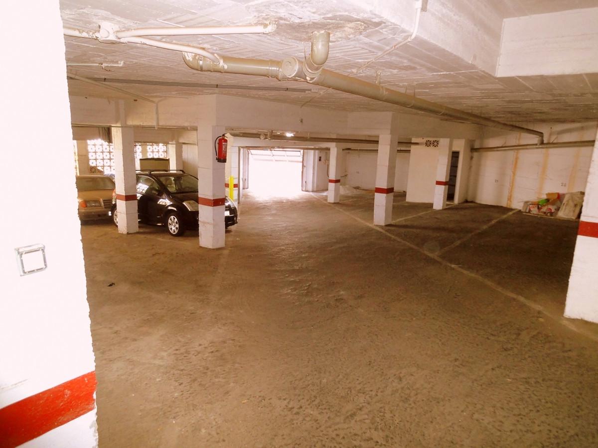 Commercieel te koop in Calahonda R2803391