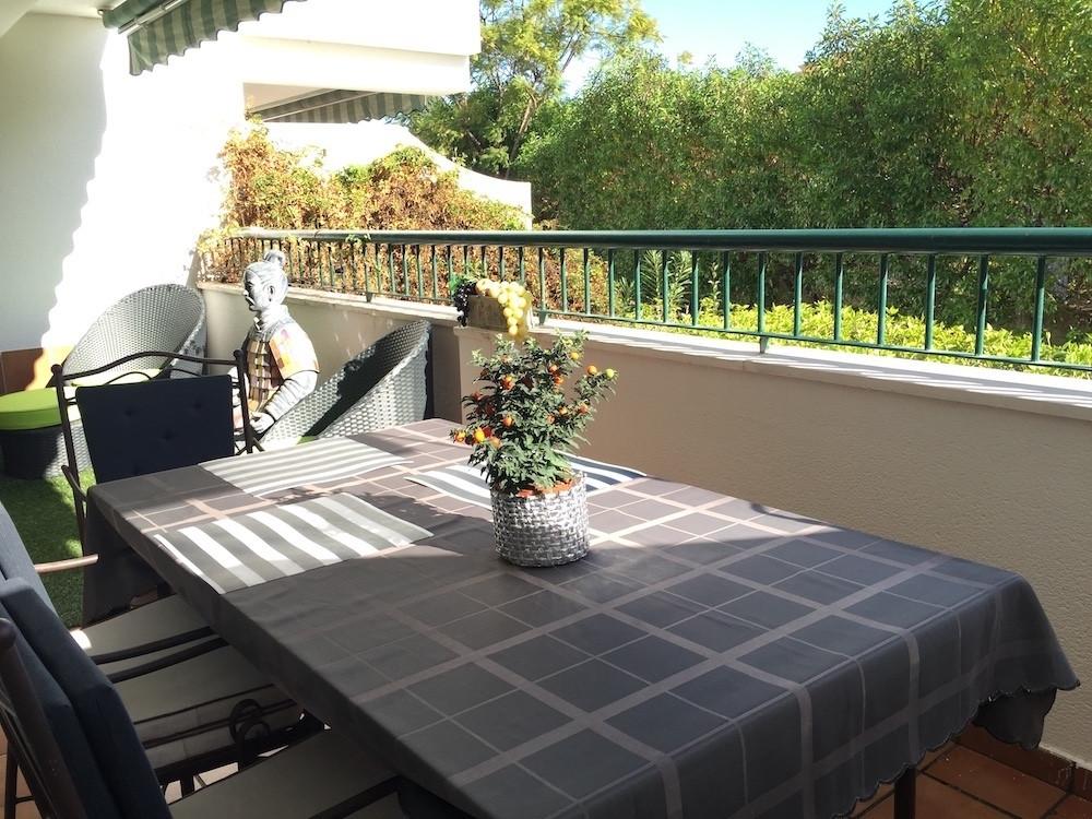 2 Bedroom Ground Floor Apartment For Sale Guadalmina Baja