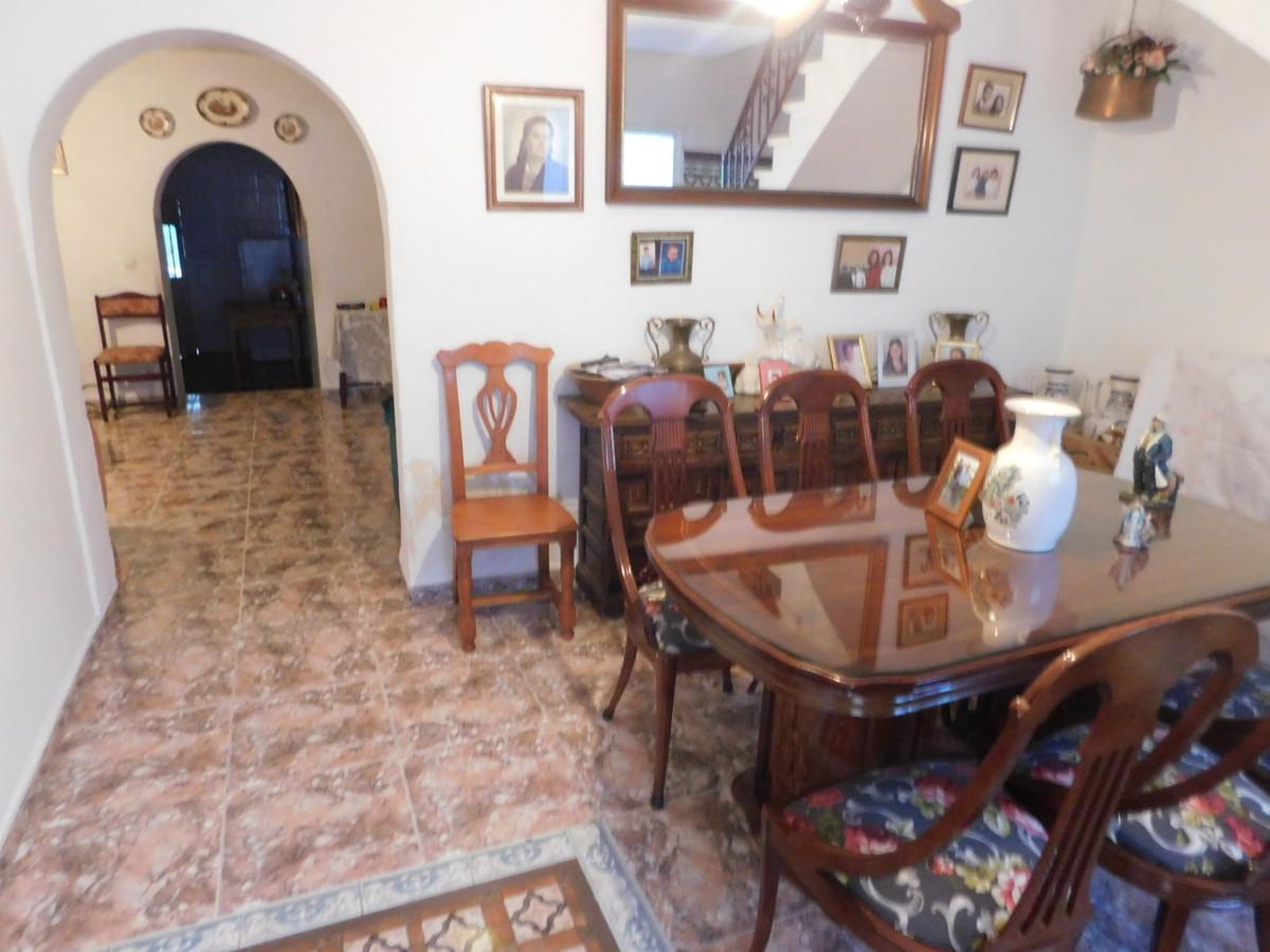 5 bedroom townhouse for sale alhaurin de la torre