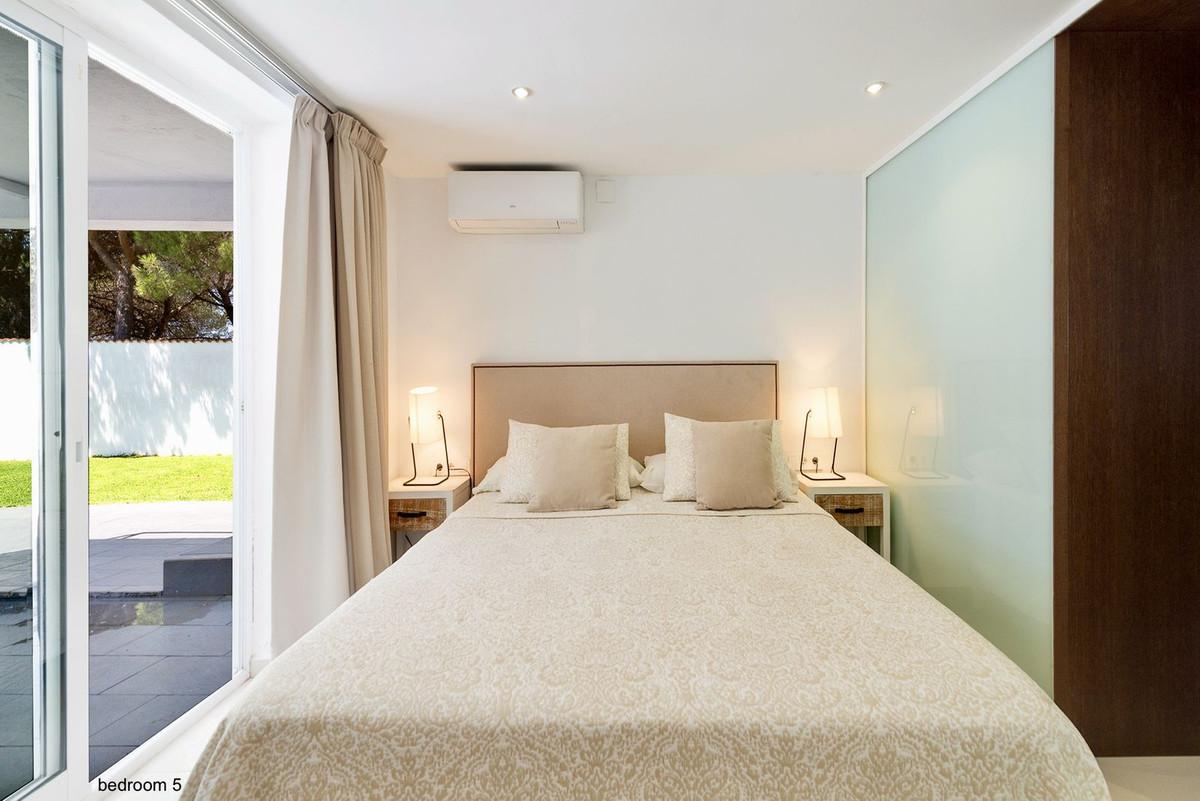 7 Bedroom Villa for sale Marbesa