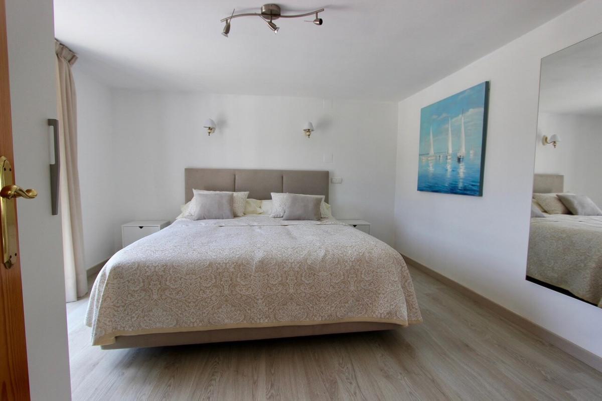 9 Dormitorio Villa en venta Marbesa