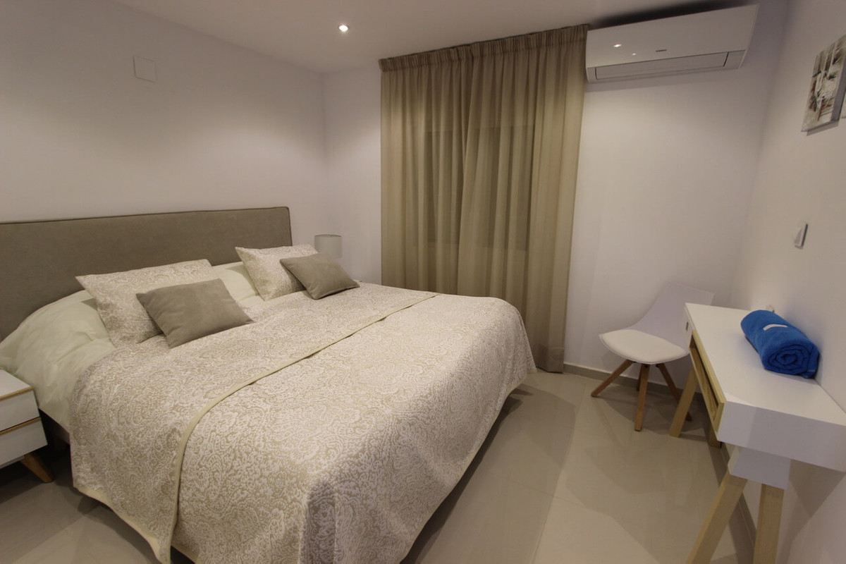 9 Bedroom Villa for sale Marbesa