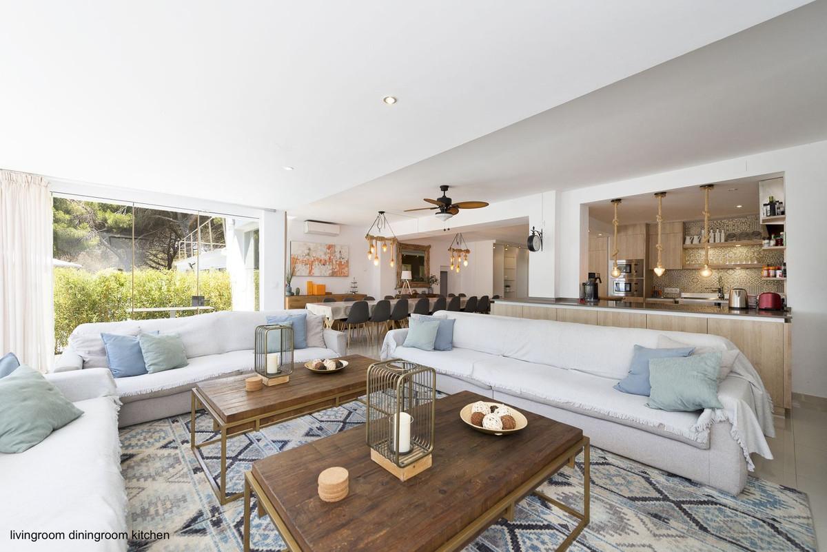 11 Bedroom Villa for sale Marbesa
