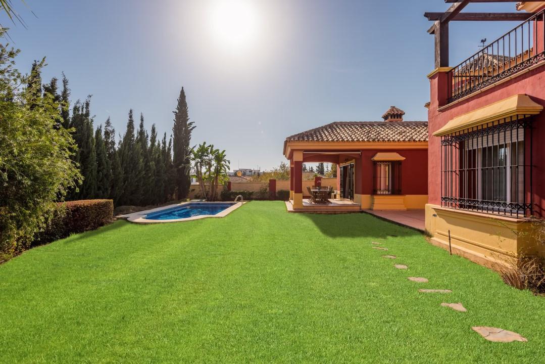 Villa te koop in Marbella R2775602