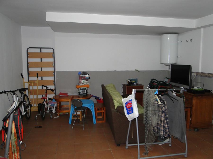 Rijhuis te koop in Coín R2879498