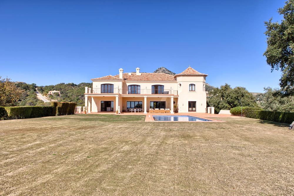 8 Bedroom Detached Villa For Sale Benahavís