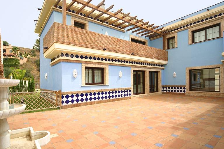 5 bed villa for sale mijas golf