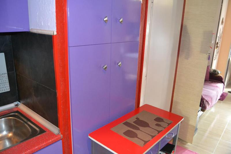 0 Bedrooms - 1 Bathrooms