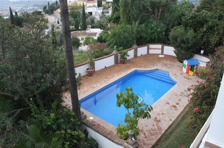 Villa 6 Dormitorios en Venta Mijas Costa