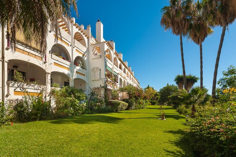 Appartement te koop in Riviera del Sol R2327585