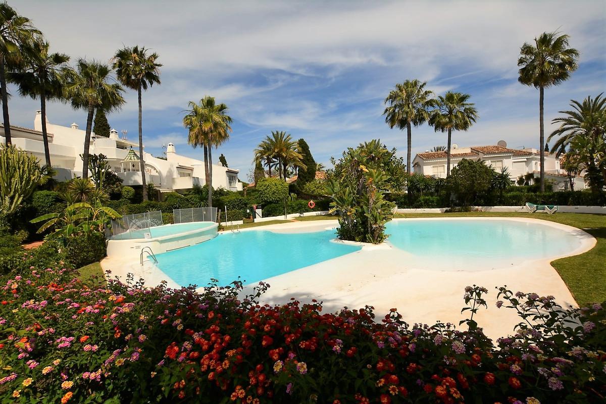 Unifamiliar con 3 Dormitorios en Venta Marbella